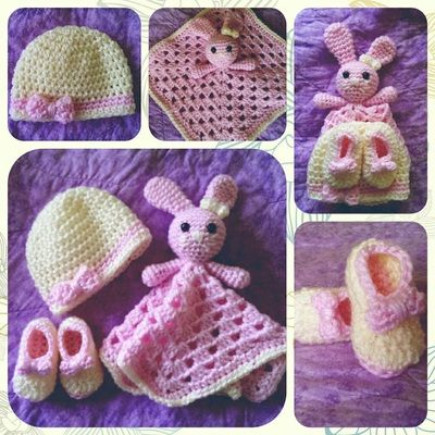 Newborn Set,  Hat, booties &c omfort blanket Gallery - Thing-a-ma-bobs