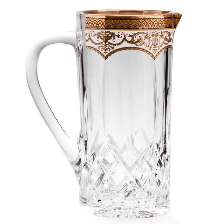 Product of the Week  Opera Water Jug Golden White Décor  Pure refreshment is the cool refrain of summer. And which products reflect that feeling the most? A water jug has to be right at the top of that list. When it's a crystal water jug with the finest gold details and marvelous texture, then it is surely a winner.  Therefore, #MiracleCrystal chose the Opera Water Jug Golden White Décor as our #ProductoftheWeek…