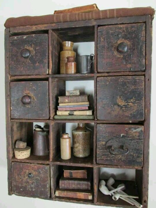 Love apothecary drawers <3
