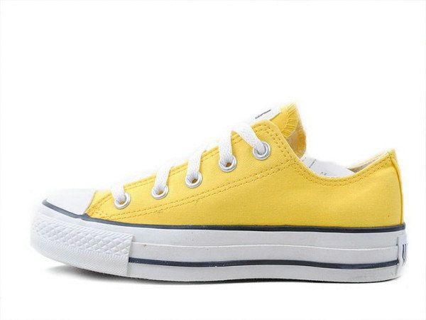 converse, converse: Yellow Conver Shoes, Style, Woman Shoes, Yellow Chuck, Yellow Converse, Converse Chuck Taylors, Converse Awesome, Conver Chuck Taylors, Shoes Closet