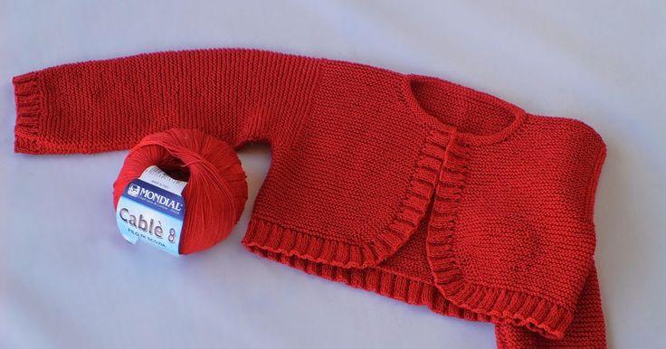 Ya que en ocasiones me preguntáis por la lana que he utilizado para mi labor, hoy he decidido hacerle una foto al ovillo. Así os lo po...