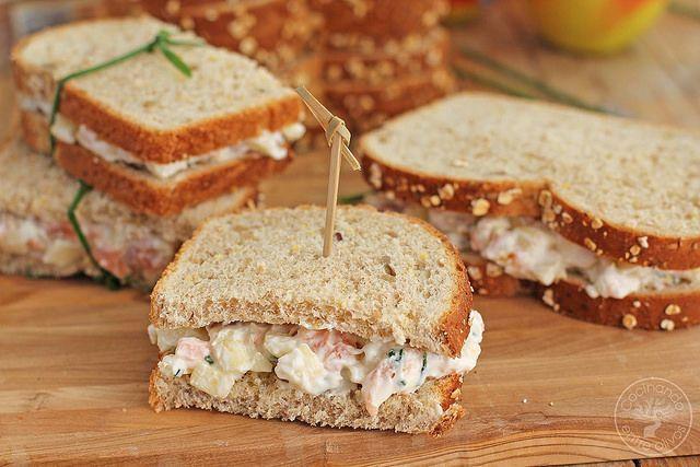 Sándwich de salmón ahumado y manzana. Receta paso a paso