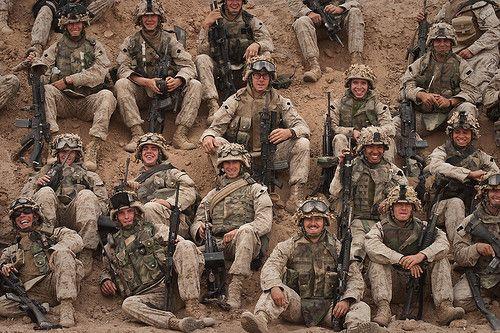 """Американские морские пехотинцы (рота """"Кило"""" 3-го батальона 1-го полка 1-й дивизии USMC) в боях за иракский город Фаллуджу (ноябрь 2004 г.)"""