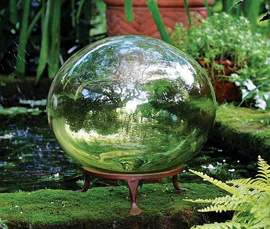 Beautiful 25+ Best Garden Globes Ideas On Pinterest | Bowling Ball Crafts, Art And  Craft Adhesives And Clay Pot Projects For Garden