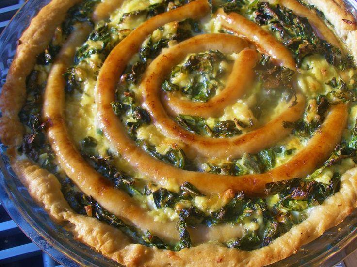 V kuchyni vždy otevřeno ...: Mangoldový koláč s vinnou klobásou