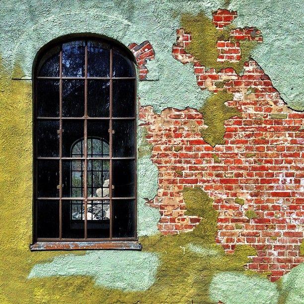 #window #brick #brickporn #texture #dikemark