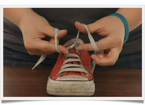 How To Teach A 6-Year-Old To Tie Shoes In 5 Minutes | Efficient Life Skills.  This is pretty awesome- I tried it, and it works!!