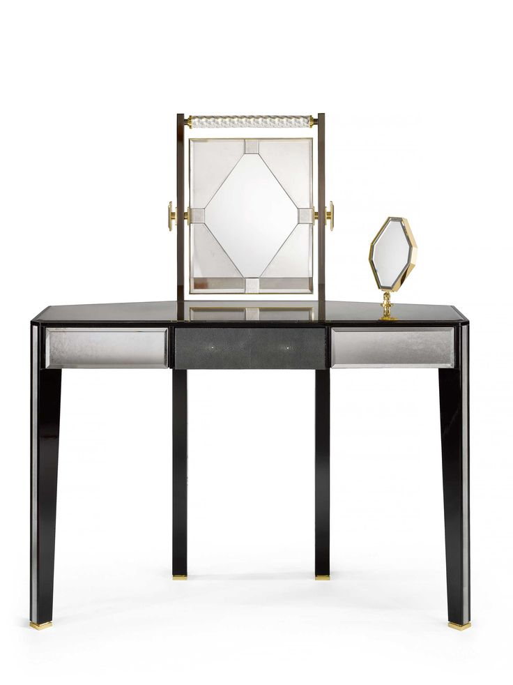 1000 Ideas About Dressing Table With Lights On Pinterest Vanity Tables Va