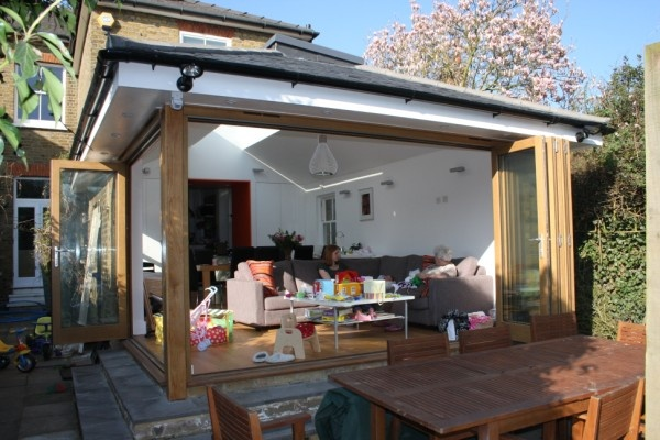 like the eaves overhang and interesting ceiling/ rooflight
