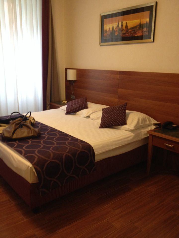 http://www.hotelgalileoprague.com/