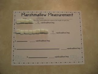 Marshmallow measurement!  Free activity to practice non-standard measurement.
