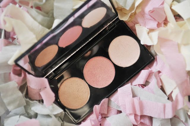 Caryl Baker Glow Palette in Northern Lights beauty beauty reviews blush cary baker highlighter holiday 2016