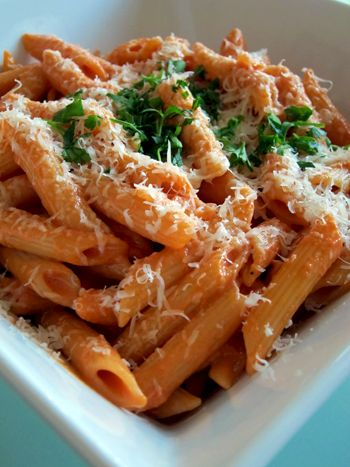 Penne alla Vodka - yummy! hope it will taste as good with gfree penne