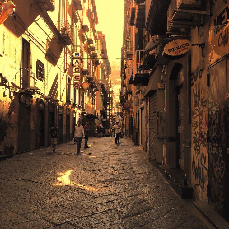 Napoli - Strade del Centro Storico