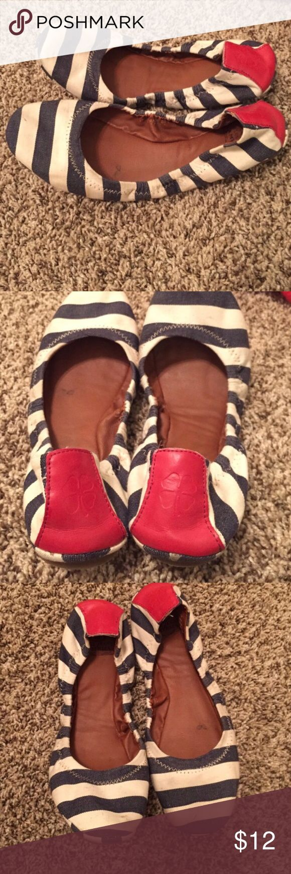 Lucky Brand Flats Luck Brand Flats, good shape lots of life left Lucky Brand Shoes Flats & Loafers