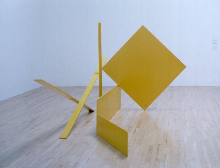 Sir Anthony Caro - Yellow Swing, 1965 painted steel 179,1 x 198,1 x 397,5 cm.