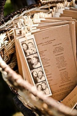 Kraft paper wedding programs - love the couple's photo strip