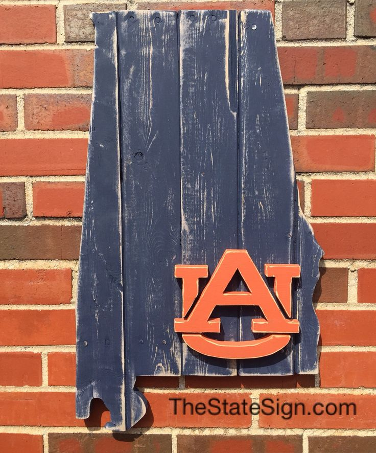 Auburn University pallet wood sign from TheStateSign.com in Birmingham. War Eagle!