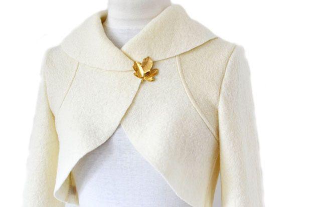 Walk Braut Bolero Jacke,Creme Hochzeit Gr.XS-L von Rosenrot Modedesign  auf DaWanda.com