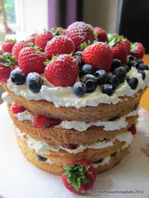 Fresh Fruit & Cream Genoise Sponge Cake