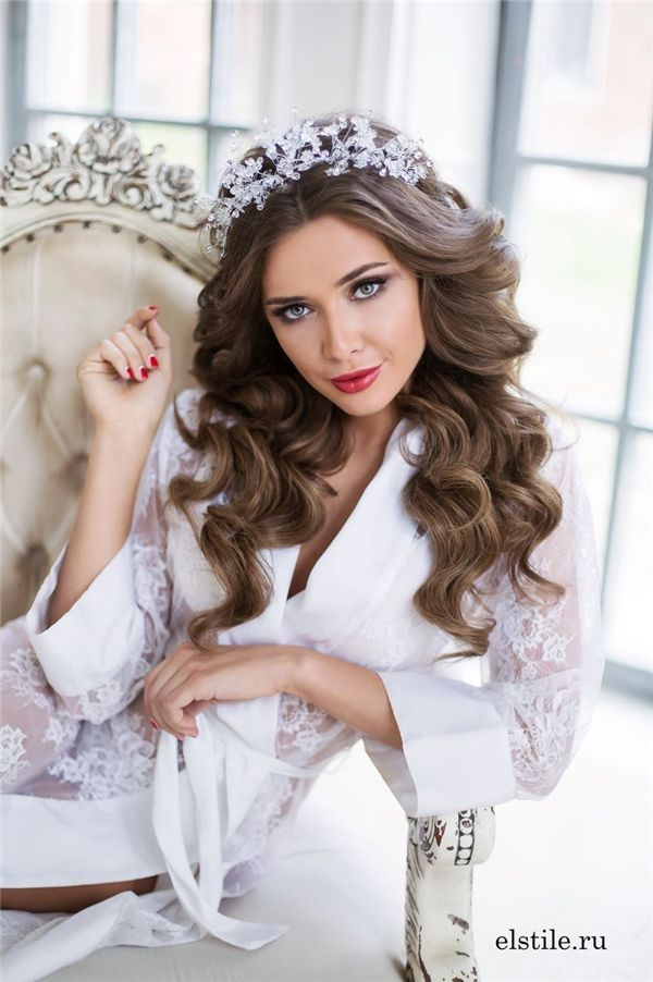 10 Lavish Wedding Hairstyles For Long Hair: Best 10+ Bridal Hairstyles Down Ideas On Pinterest