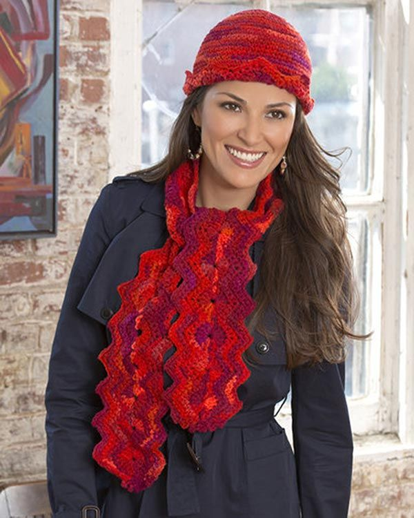 Best Free Crochet » Free Crochet Pattern Wavy Hat and Scarf From RedHeart.com