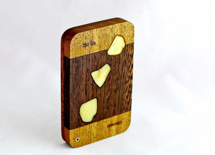 Hard Drive - amber, Cumaru wood, wenge, mahogany . 750 Gb