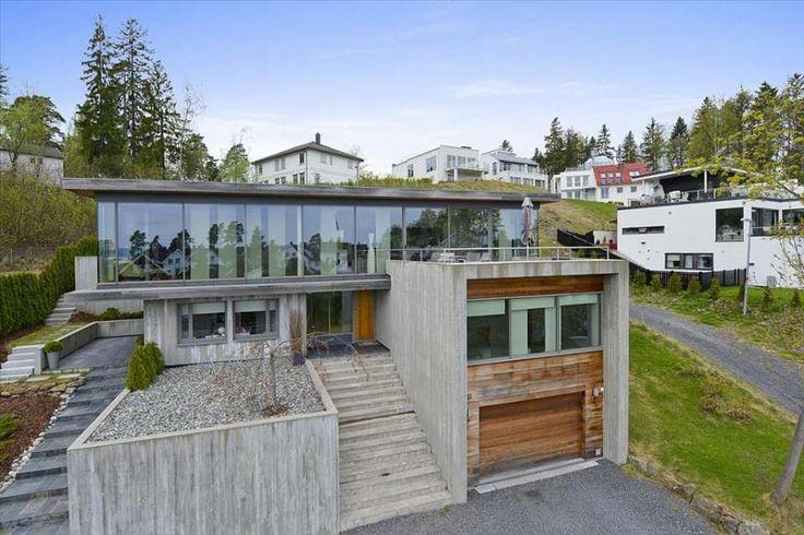 SNARØYA - Moderne bolig fra 2006, PULS arkitekter. Høy standard. Store terrasser. Innholdsrik. Dobbelgarasje. Nær sjøen. - FINN.no mobil