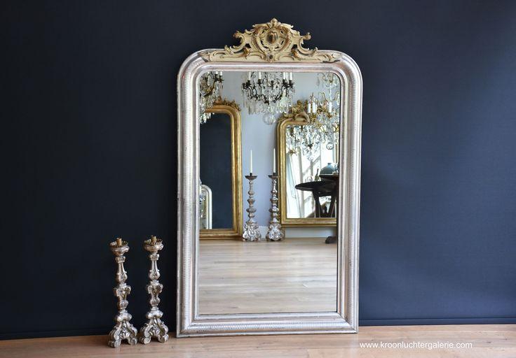 Franse spiegel met kuif, bladzilver (H:138xB:80cm) www.kroonluchtergalerie.com