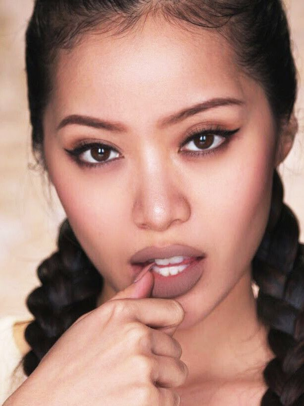I Tried Michelle Phan's Terrifying Trick for Plumper Lips via @ByrdieBeauty