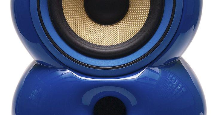 Cómo abrir un subwoofer Bose. Los parlantes de bajos Bose proporcionan los rangos bajos del sonido en las configuraciones de cine en casa. Si tu subwoofer no funciona correctamente, puede que no seas capaz de escuchar algunos de los sonidos más profundos de la música, y puede que no obtengas la experiencia completa de una configuración de altavoces de sonido envolvente. Aunque ...