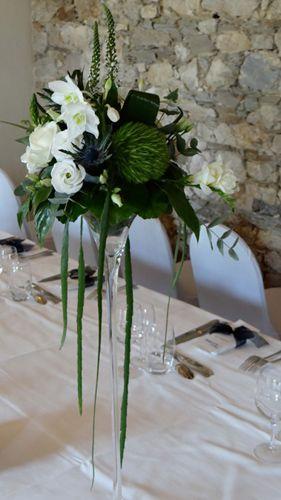 Bouquet décoration de table Dominante verte En hauteur