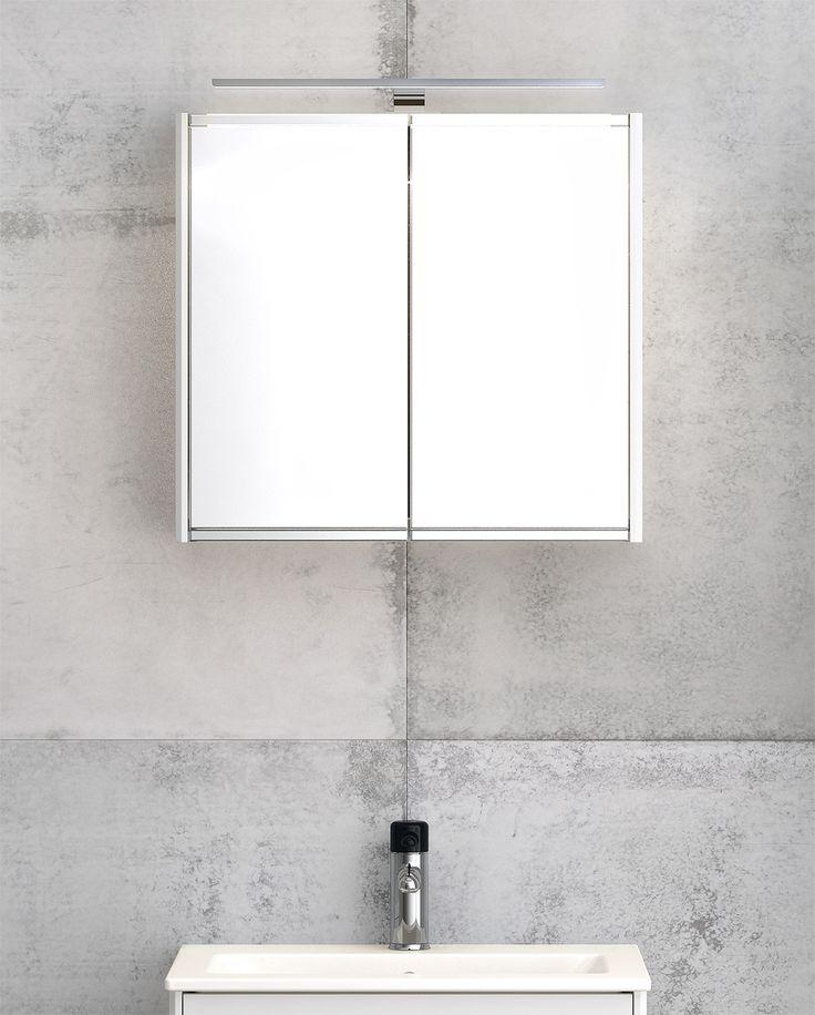 Spegelskåp från Graphic med dubbelsidiga spegeldörrar.