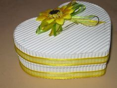 Manualidades con papel corrugado cajas - Imagui