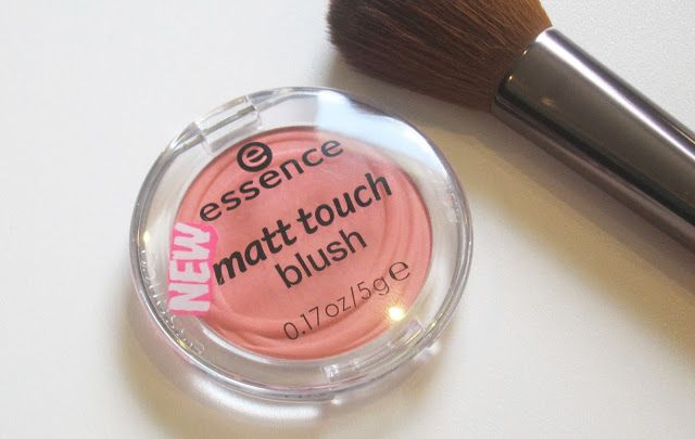 Australian Makeup and Skin care: Essence Matte touch Blush in peach me up 10