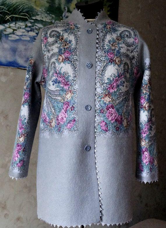 Coat of felt with a handkerchief Pavlovo от MagikfeltAntonio