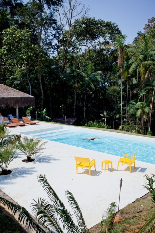 Steps and lap pool. A cabana bacana de Mónica Penaguião - Casa Vogue   Interiores