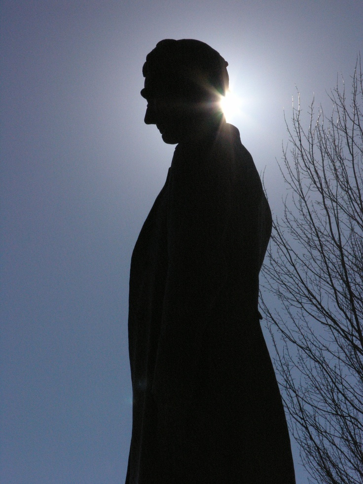Abraham Lincoln statue, Illinois State Capitol.