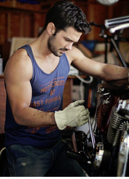 Ryan Paevey can work on my undercarriage anyday