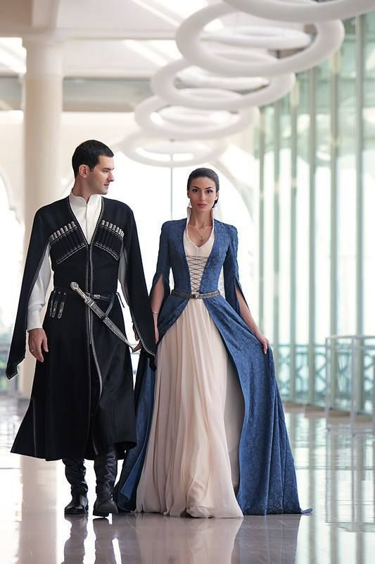 Georgische traditionelle Kleidung. ქართული ხალხური სამოსელი. Traditional…