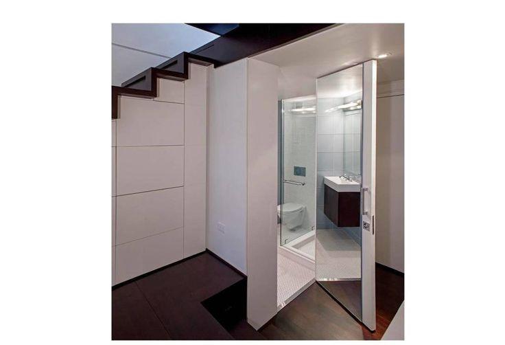 Манхэттен микро-Лофт: современная Ванная комната с Шпехта архитекторов