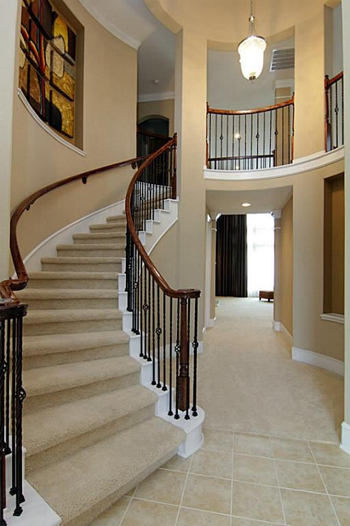 41 Best Ideas About Sweeping Staircases On Pinterest