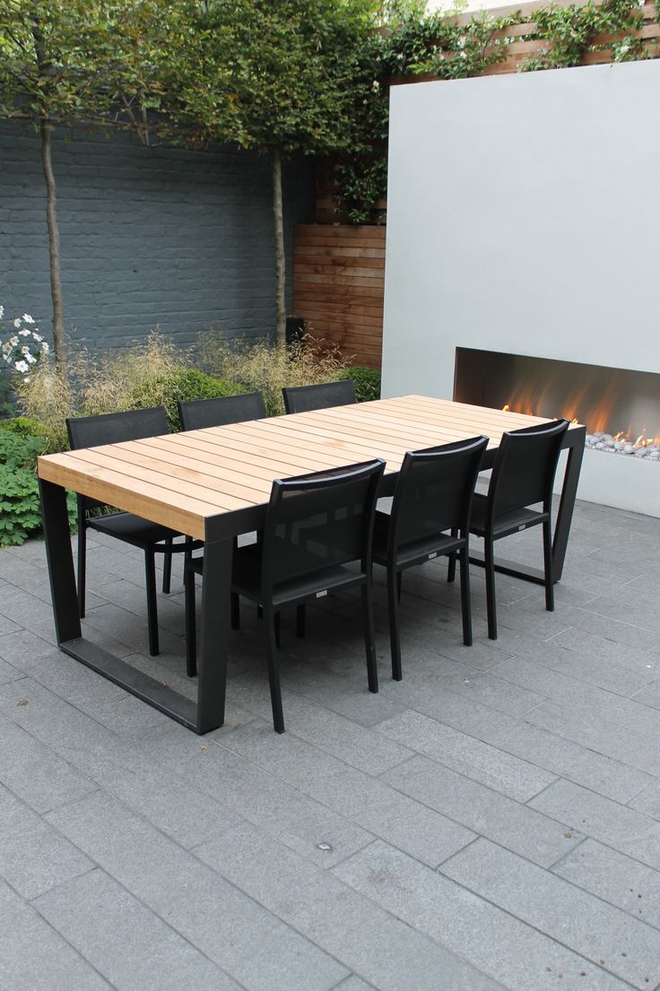 Outdoor Table Ideas - Maybe color scheme for table get really dark for legs and chairs and super light