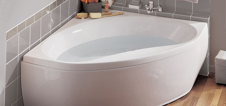 Baignoire d 39 angle nalia d 39 angle aquarine pro bathroom pintere - Baignoire d angle jacuzzi ...