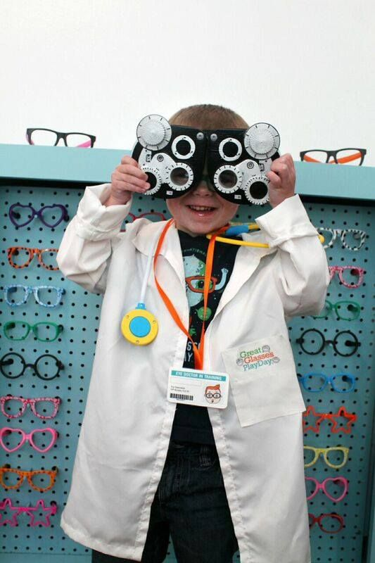 DIY Pretend-Play Eye Doctor's Office! Plus our #GreatGlassesPlayDay recap--what a fun day at @playatmcm !!