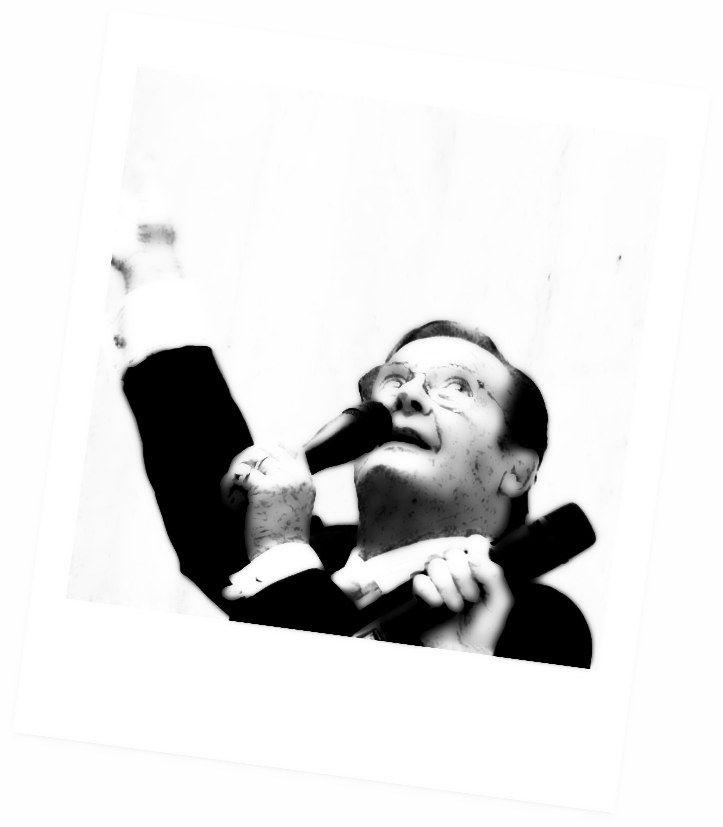 Portfolio Multimedeia 2: Kyllä se on James Bond. Ja Pyhimys!!
