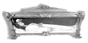 Incorrupt Bodies. The body of Saint Maria Goretti  is interred in the church of Our Lady of Mercy in Nettuno (Italy). Her incorrupt body is there and she is absolutely beautiful.