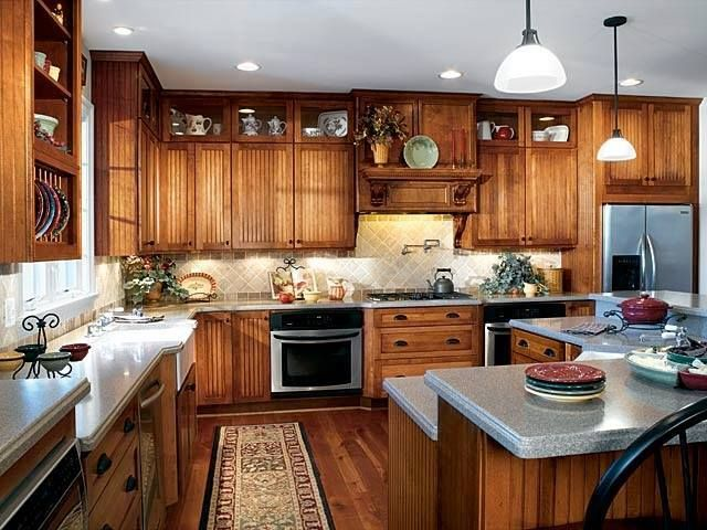 It would be easy to feel at home in this warm, inviting kitchen.