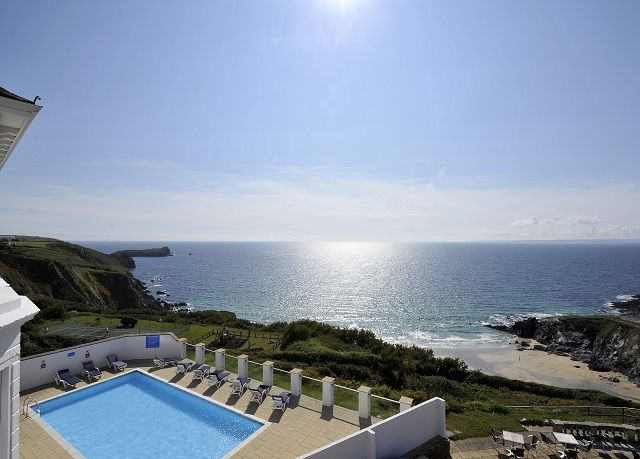 A dinner, bed and breakfast stay in a stylish Edwardian hotel overlooking the Cornish coastline