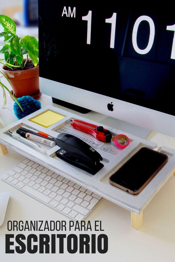 Organizador de escritorio ➜  Pon un poco de orden en tu escritorio con esta bandeja de madera organizadora para poner tus cosas. #DIY #Decoración #Organizador  #Escritorio #Madera  #Handfie